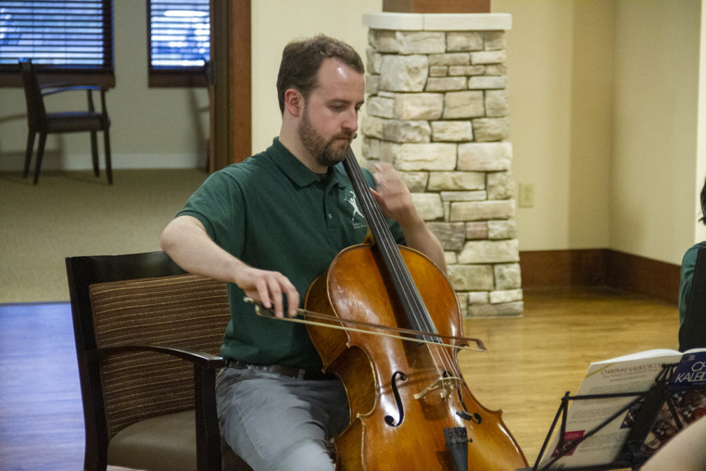 "<a href=""https://www.timetap.com/appts/0l8dhPqAwTB"">Cello Lessons</a>"